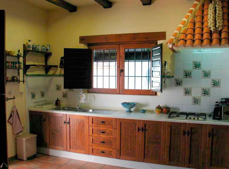Cocina encimera - Casa rural El Canjilón - Montefrio