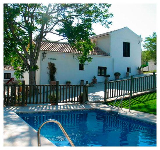 piscina - Casa rural El Canjilón - Montefrio